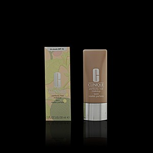 Imagen de PERFECTLY REAL fluid foundation #24 30 ml